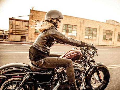 granny mature rider