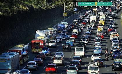 Việc lọc làn đường thường xuyên hơn ở Melbourne thúc đẩy tắc nghẽn