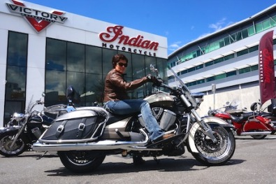 Mrs MotorbikeWriter saddles up for the Victory/Indian shop ride