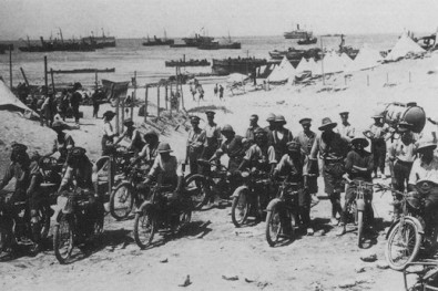 Royal Engineers on the beaches of Gallipoli anzac