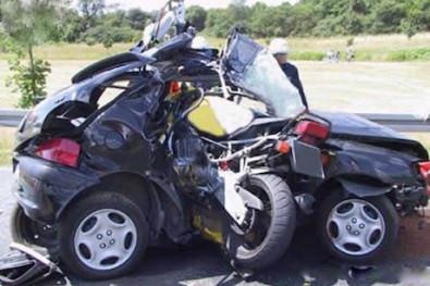 Could self-cancelling indicators prevent T-bone crashes?