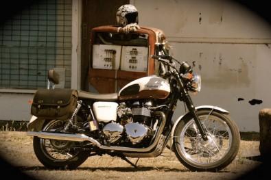 Triumph Bonneville fuel rules