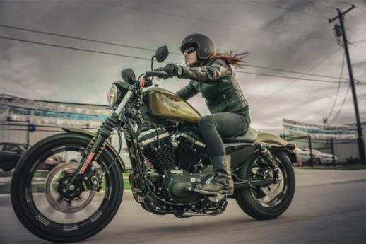 2016 Harley-Davidson Sportster Iron 883 XL883N