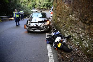 Steve Gates -  Macquarie Pass Accident 12-19-14 (5)