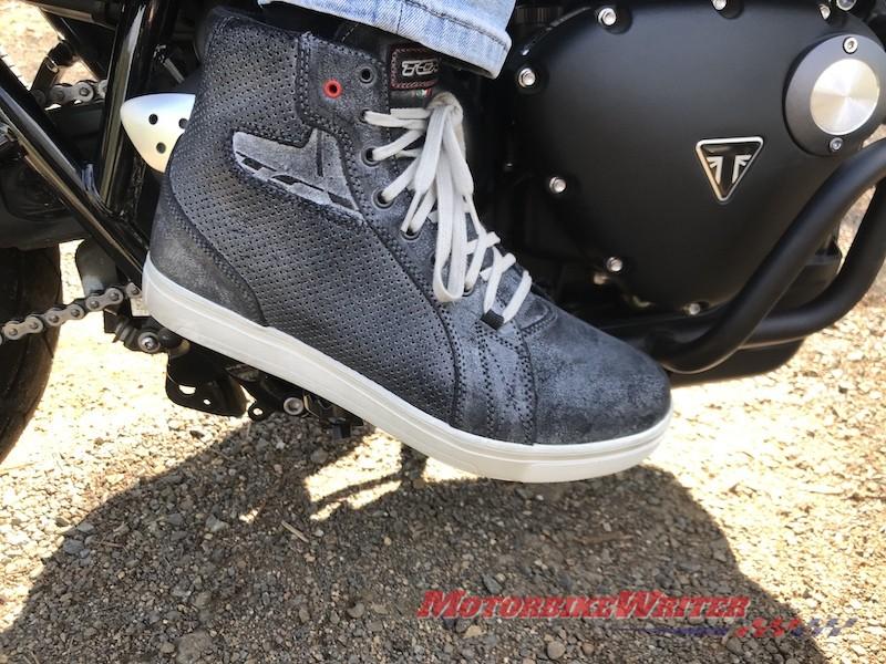 TCX Street Ace Air commuter boots