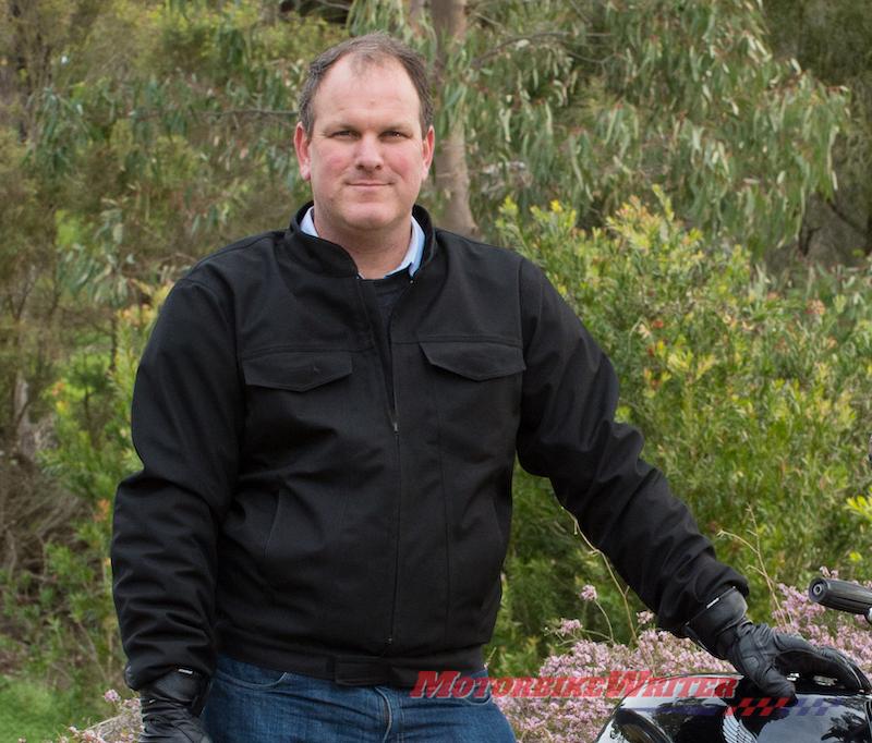 Nhà nghiên cứu cấp cao của MotoCAP, Tiến sĩ Chris Hurren