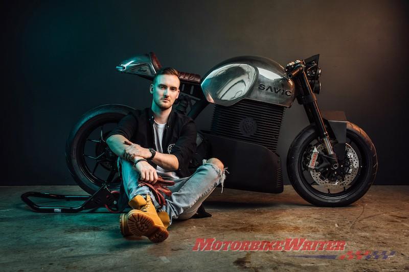 Ưu đãi đơn đặt hàng nguyên mẫu xe máy điện Savic 2019