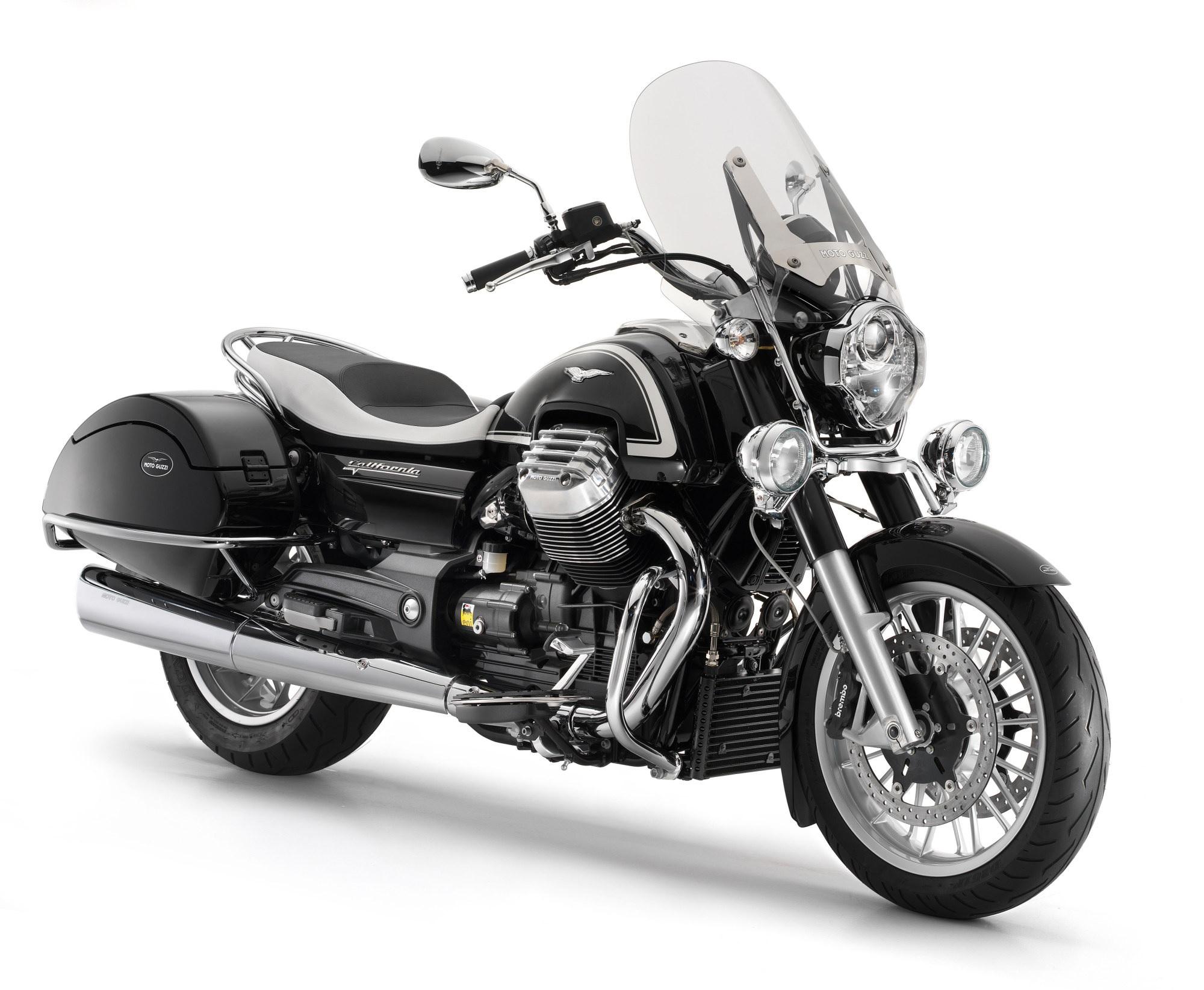 2020 Moto Guzzi California 1400 Touring Studio Shot