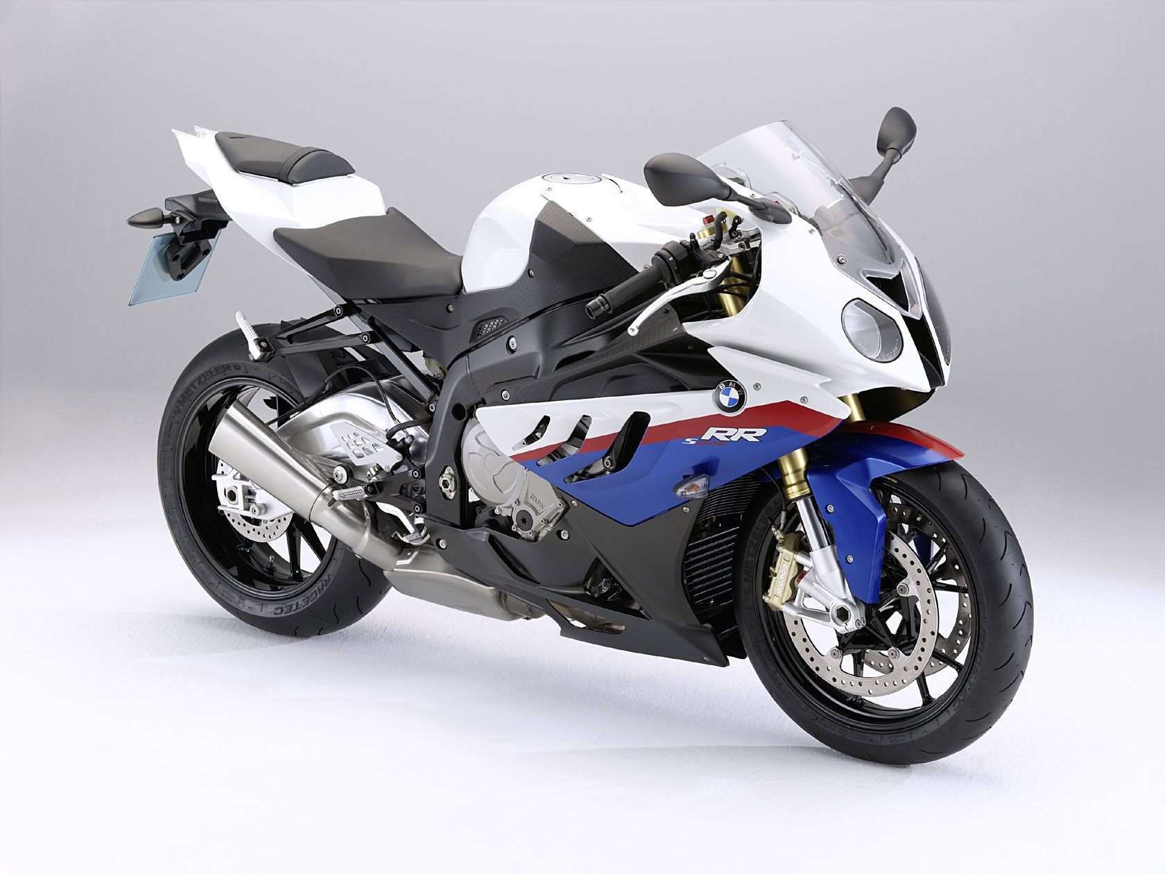 2010 BMW S1000RR 3-4 Angled View