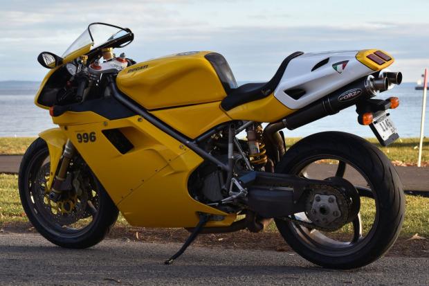 2000 Ducati 996 Monoposto