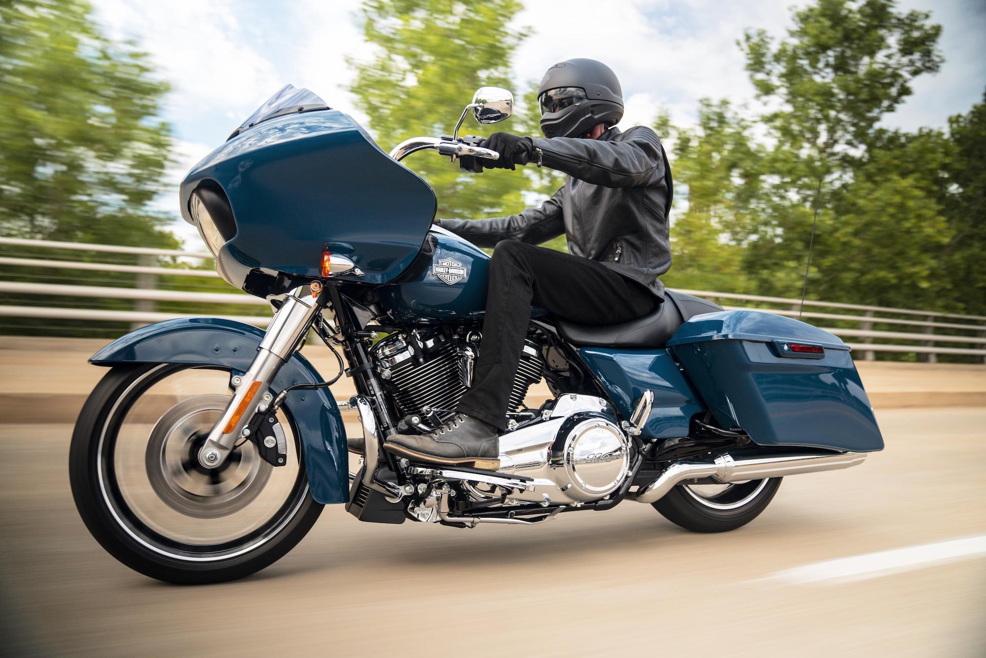 Đặc biệt của Harley-Davidson Road Glide