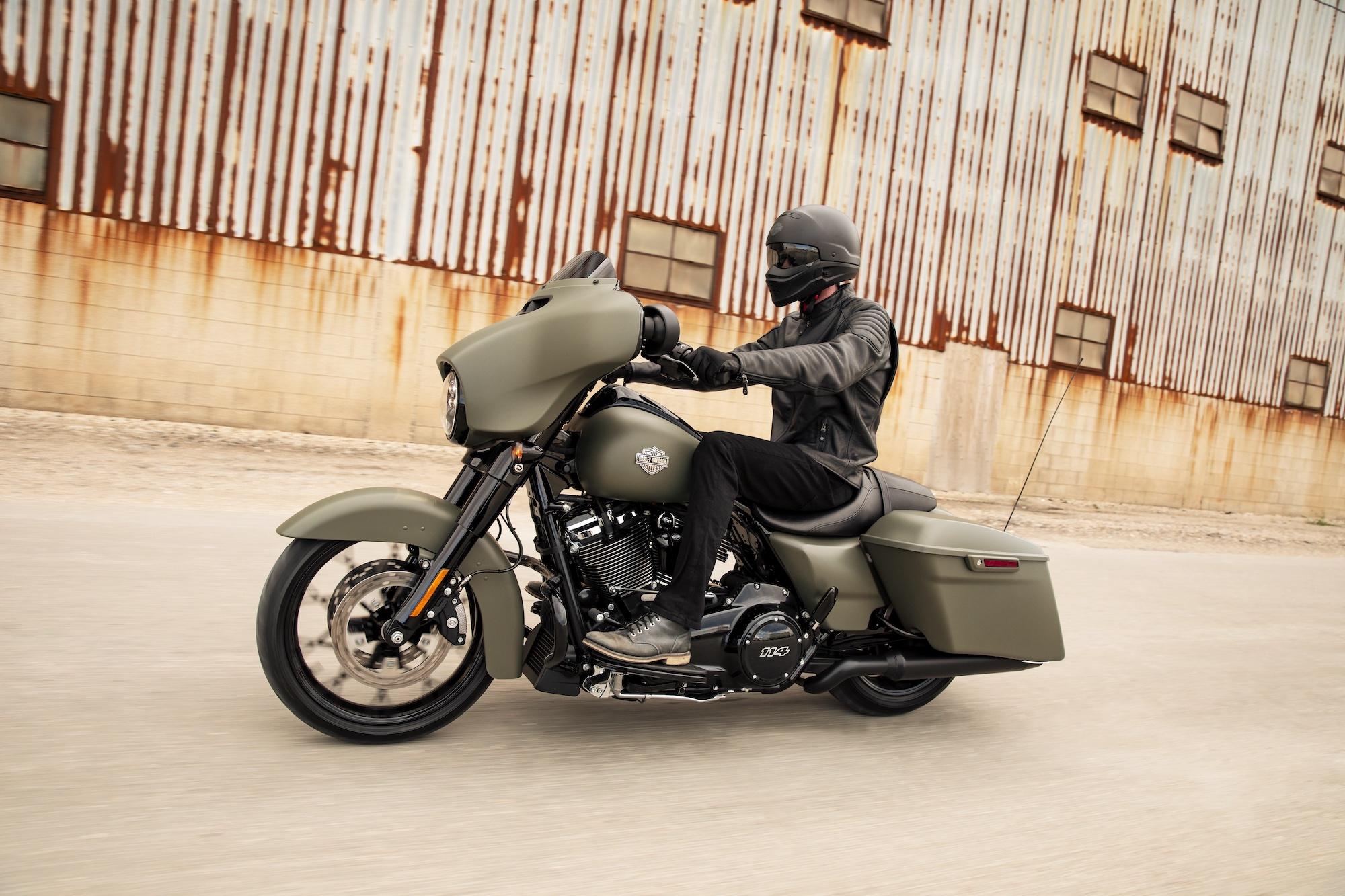 Đặc biệt của Harley-Davidson Street Glide