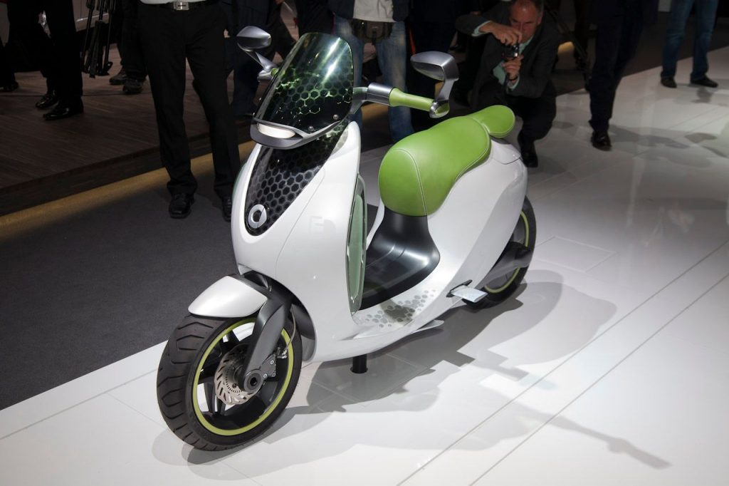 a view of the scooter from the all-new Smart line of electric Moto machines from Mercedes-Benz