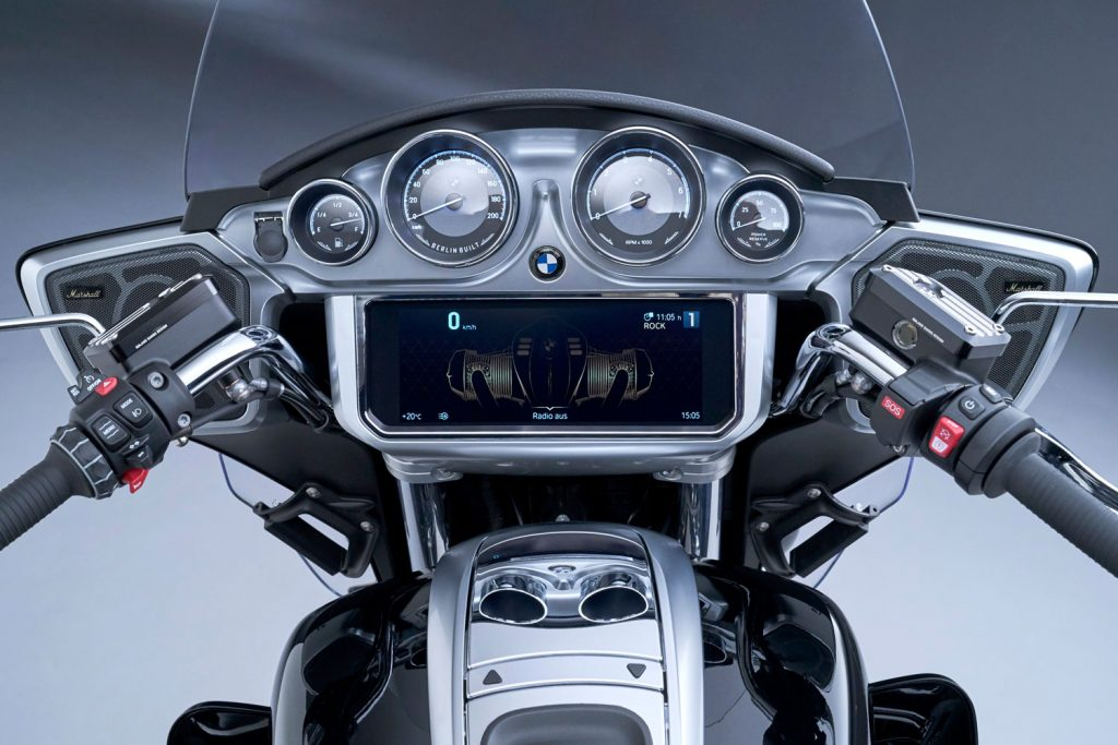 the infotainment screen on the all-new 2022 BMW Transcontinental