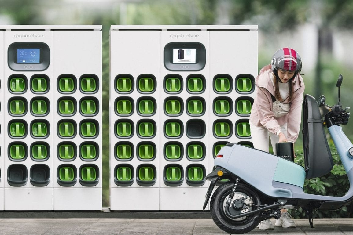 Gogoro Battery-Swapping Network Makes Its Debut In China